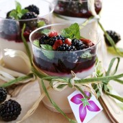 panna cotta coulis de fruits rouge rouge basilic